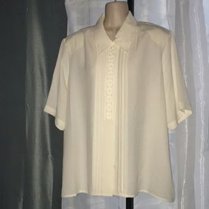 Claudia Richard vintage cream  pleated blouse 18W